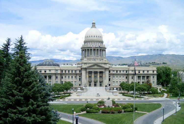 Trespass-bill-protects-property-rights-in-Idaho------